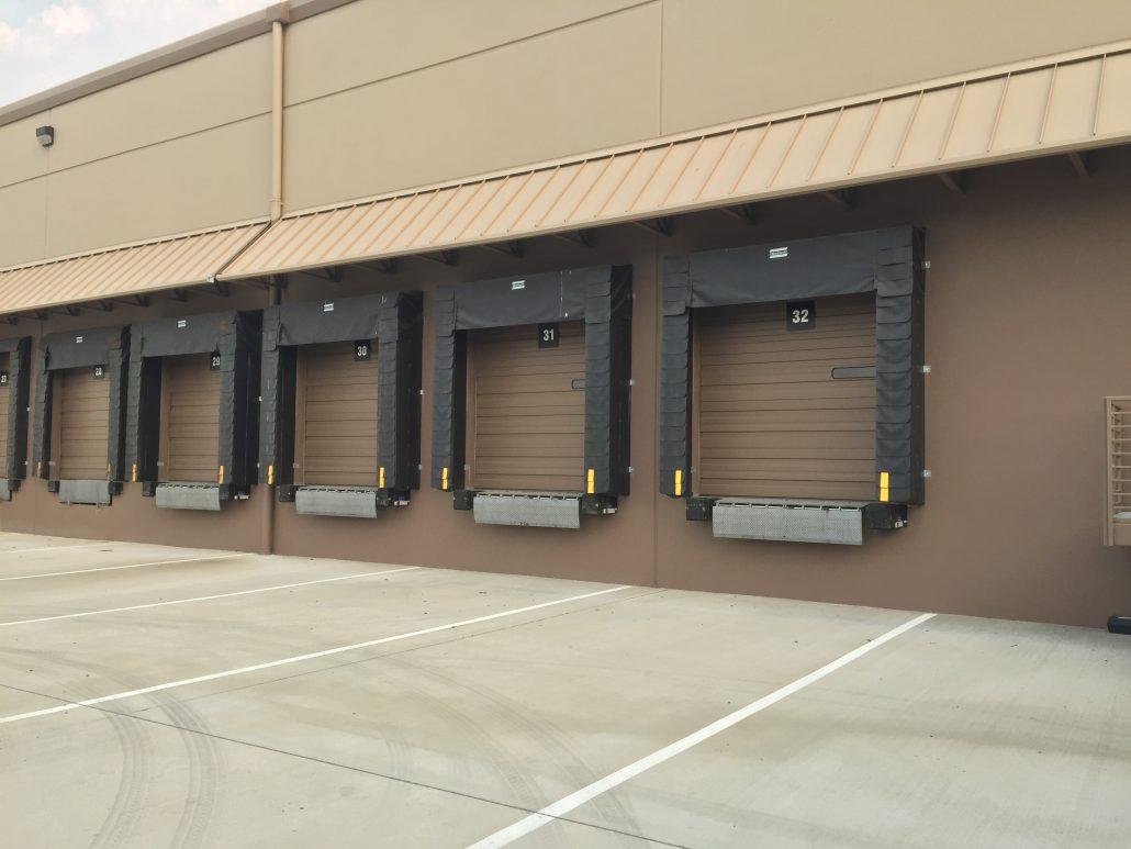 Commercial garage doors installs in salt lake city for Garage doors in utah